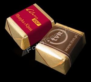 Słodycze reklamowe z nadrukiem w marketingu funduszy emerytalnych